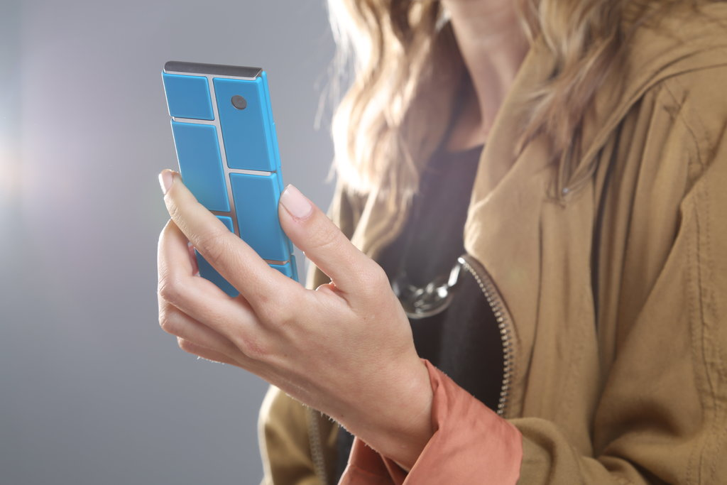 Closer Look at the Worldwide 2016 Smartphone Release of the Google Project Ara