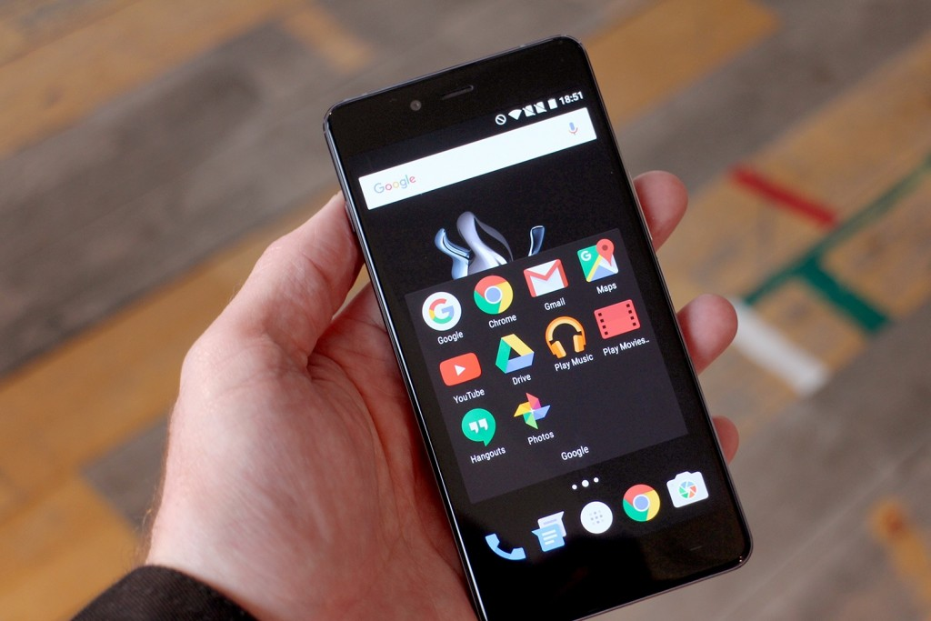 #1 in Our List of Best Smartphones for the Customers with a Tight Budget - OnePlus X