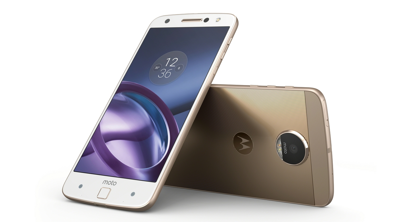 Smartphone Previews: Lenovo Moto Z with a Modular Design, OnePlus 3 with the Massive 6 GB RAM